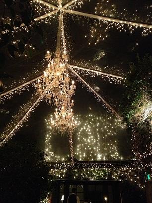 3-tiered-chandelier-tent